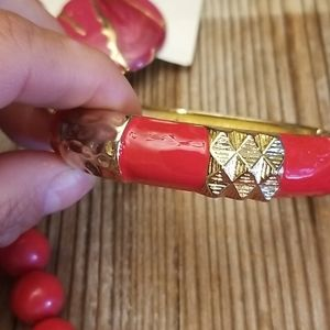 Jewelry - Vintage mixed jewelry lot (red)